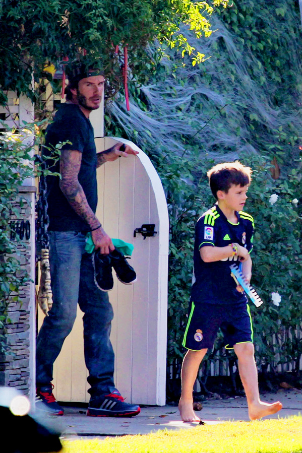 *EXCLUSIVE* David Beckham and Cruz spend some father-son time